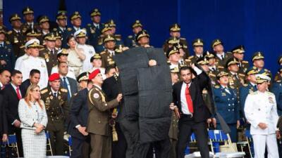 Presos y denuncias de tortura: lo que dejan los supuestos complots contra Maduro en Venezuela