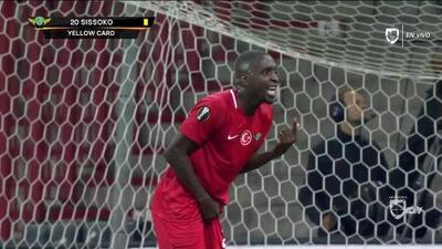 Tarjeta amarilla. El árbitro amonesta a Abdoul Sissoko de Akhisarspor