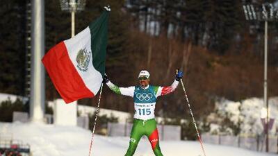 ¡Emotivo! Mexicano fue último en Juegos Olímpicos, pero terminó ovacionado