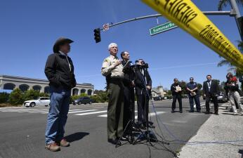 En fotos: mortal tiroteo en sinagoga pone en alerta a las autoridades de California