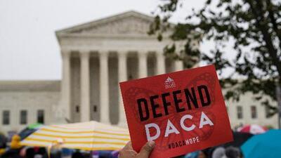 """""""Seguiremos luchando para dar nuestro aporte"""": jóvenes californianos defienden DACA"""
