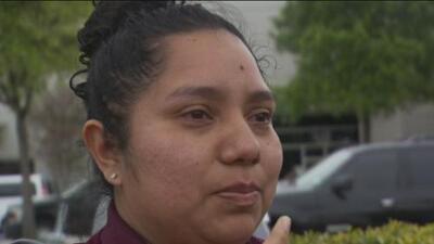 """""""No se muevan, no nos obliguen a dispararles"""": trabajadores relatan la masiva redada de ICE en Texas"""