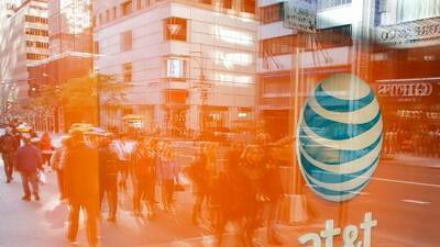 Gobierno de EEUU anuncia demanda para bloquear la fusión entre AT&T y Time Warner