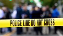 Tiroteo durante una carrera de autos clandestina en el suroeste de Dallas deja una mujer muerta