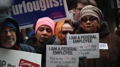 """""""Nada será igual"""": los empleados federales temen por su futuro pese a la reapertura del gobierno"""
