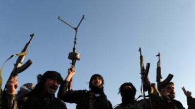 Fuerzas de seguridad sirias disparan a miles de manifestantes en Damasco