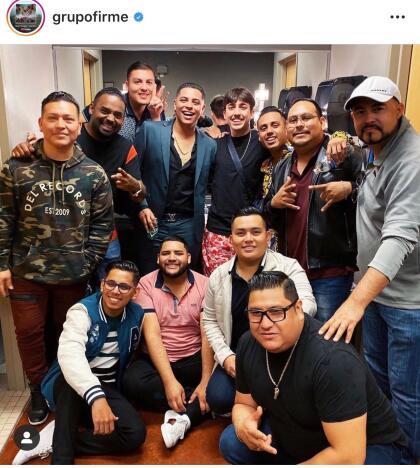 """Además, el Grupo Firme, de Tijuana y conocidos por el tema  <b><a href=""""https://www.youtube.com/watch?v=OWgmT7RzUmY"""">'Perdóname'</a></b>, ganaron al llevarse el premio  <b><a href=""""https://www.instagram.com/p/B4mQPptH_S9/"""">Grupo norteño del año</a>.</b>"""