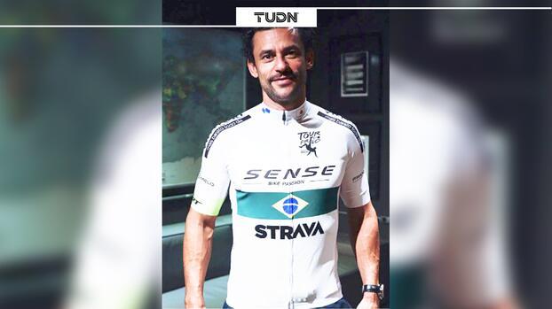Futbolista viajará 600 km en bicicleta para firmar contrato