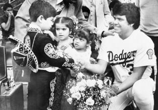Fernando Valenzuela, el fenómeno que forjó el romance entre México y los Dodgers