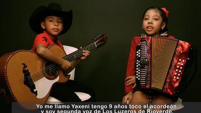 Los Luzeros de Rioverde cantan 'El Descendiente'