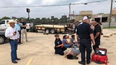 Entre golpes y gritos, así fue el rescate de 16 personas víctimas del tráfico humano en Texas