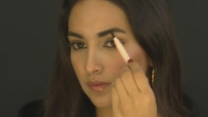 Consejos para lograr tener unas cejas perfectas con el proceso de maquillaje adecuado