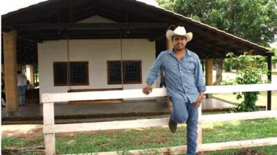 Viaje al rancho de Julión Álvarez, el lugar donde el cantante se refugia de la fama y los escándalos
