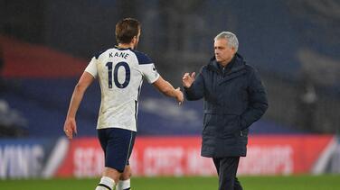 Mourinho elogia a Kane y lo compara con Karim Benzema