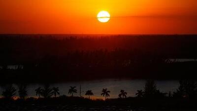 Las nubes salen de Miami y se espera una noche de viernes con condiciones secas y sin lluvias