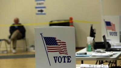 Republicanos arrasan también en elecciones a gobernador