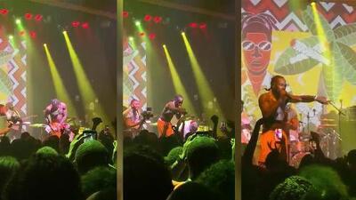 (VIDEO) Rapero detuvo concierto para devolver dinero a fan que no estaba entretenido y lo sacó del evento