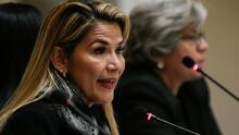Detienen a la ex presidenta interina de Bolivia Jeanine Áñez por presunto golpe de Estado a Evo Morales