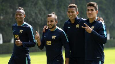 """Hibert Ruiz: """"Pumas está comprometido con los dos torneos"""""""