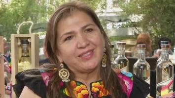 La historia de Gül-Roo, una empresa mezcalera encabezada por una mujer y que empodera a otras