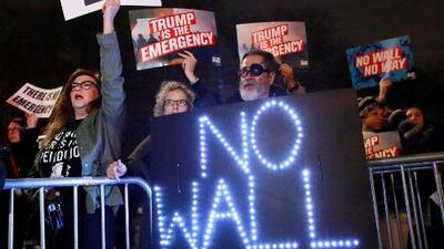 En un minuto: Convocan protestas contra la emergencia nacional declarada por Trump