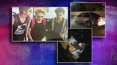 Arrestan a tres hispanos acusados de robar a mano armada un auto en Miami Beach