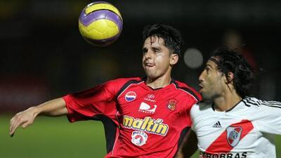 Cuando el Caracas FC de Venezuela jugó de local en Colombia y eliminó a River Plate