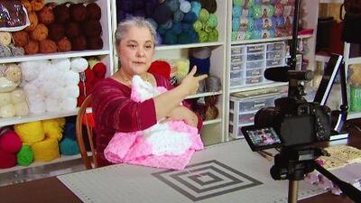Conoce a la abuelita más famosa por sus manualidades en YouTube