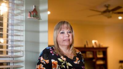 """""""Hasta hoy no sé qué pasó"""": hispanas que sufren complicaciones durante el parto no reciben explicaciones"""