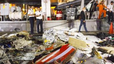 Avión con 188 personas se estrella en el mar de Java en Indonesia