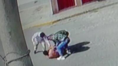 Con un disparo y patadas, así robaron a un hombre tras salir de un banco con una suma elevada de dinero