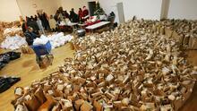 Dinero, comida y regalos navideños: dónde conseguir ayuda gratis si vives en el Área de la Bahía