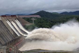 En fotos: La mayor represa de Venezuela puede dejar sin luz a buena parte del país por la mala gestión gubernamental