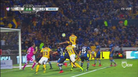 ¡Goool de Tigres! Carlos Salcedo se pone titánico y marca el 2-0