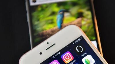 Esta aplicación está diseñada para darle un toque moderno y tecnológico a las historias de Instagram y Facebook