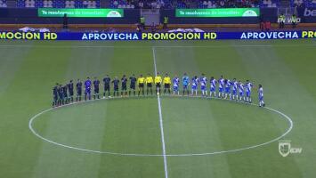 Sentido homenaje a Ezequiel Orozco en el Pueblas vs Santos