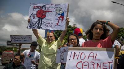 ¿Se acabó la gasolina más barata del mundo para los venezolanos?
