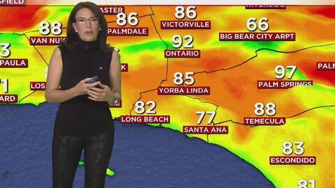 Calor y cielo ligeramente nublado para este jueves en Los Ángeles