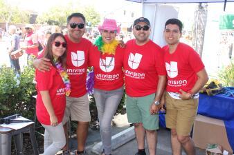 102.9 Más Variedad en el arranque del desfile Orgullo en Hillcrest de la ciudad de San Diego