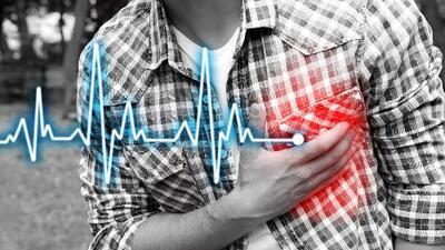 ¿Sientes que late muy fuerte tu corazón? Dr. Juan te dice cuándo preocuparse y salir corriendo al doctor