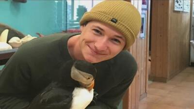 Padres del joven asesinado en las montañas de California creen que pudo ser un crimen de odio