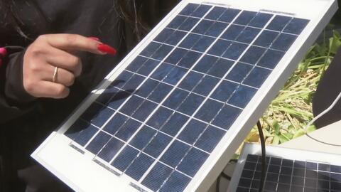Estudiantes latinos elaboran una novedosa forma de llevar energía solar a comunidades necesitadas