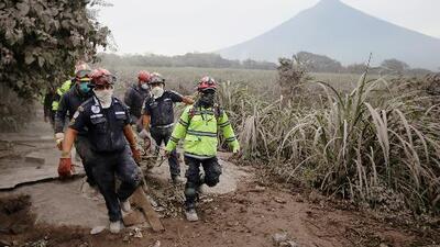 Consulado de Guatemala en Los Ángeles se prepara para enviar ayuda tras la erupción del volcán de Fuego