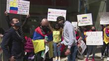 """""""Todos tienen derecho a protestar"""": colombianos en Chicago denuncian represión de las autoridades en su país"""
