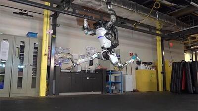 Con habilidades de gimnasta: así ha evolucionado el robot Atlas de Boston Dynamics