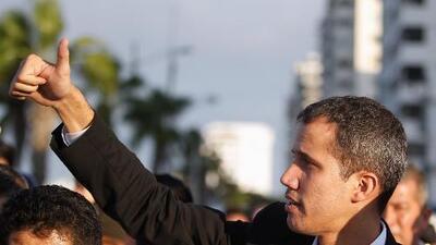 """""""El momento es ahora"""": el compromiso de Juan Guaidó ante la multitud que lo recibió en Caracas"""