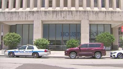 Autoridades en Houston anuncian un aumento en la seguridad durante el fin de semana de ventas libres de impuestos