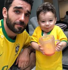 Marcus Ornellas y su hijo Diego derrochan ternura
