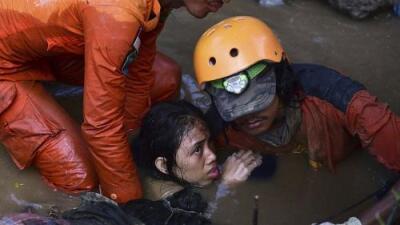 Más de 800 muertos en Indonesia tras terremotos y tsunami, y aún se espera que la cifra aumente