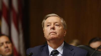 """Graham: """"Sería muy perturbador"""" si se demuestra que Trump retuvo ayuda a Ucrania a cambio de favores políticos"""
